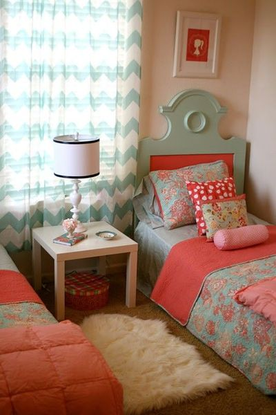 coral, pink and blue girls room / For the bedroom - Juxtapost
