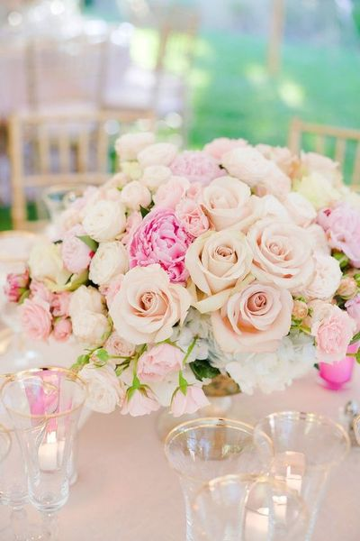 garden roses classic roses peony roses centerpiece