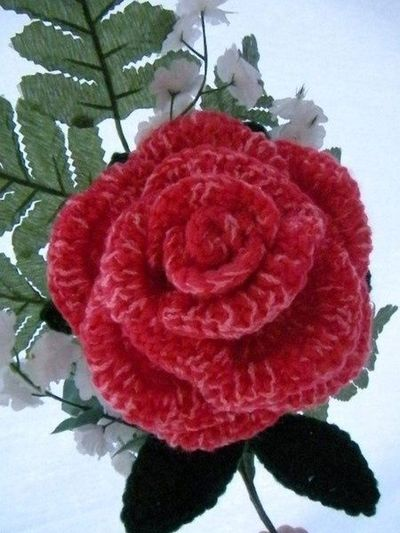 Free Crochet Long Stem Rose Pattern : RSISLANDCRAFTS: Crocheted Long Stem Roses- - - free ...