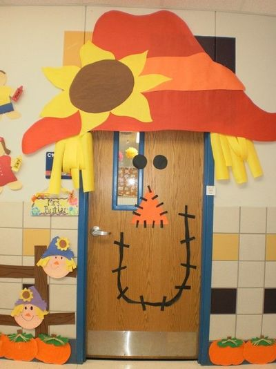 Scarecrow classroom door decor preschool items juxtapost for Animated scarecrow decoration