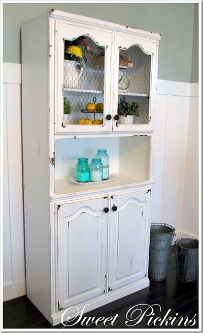White hutch with black chicken wire could try this with - Peindre un meuble cire sans decaper ...