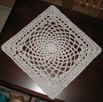 Dream Catcher square by Sherry Welch. Free pattern. / crochet ideas ...