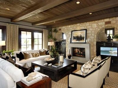 Superbe Wood And Stone Living Room