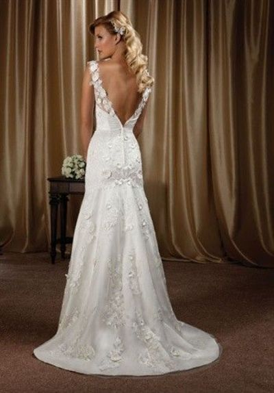 Very Pretty Wedding Dress With Low Back