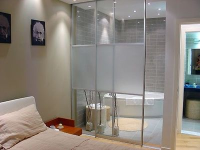 Sliding Door For Ensuite Bath Ideas Juxtapost