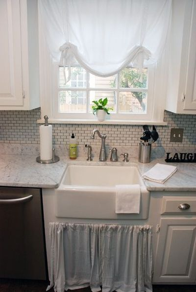 Butler Size Farmhouse Sink, Small Subway, Austrian Opera Style Roman Shade