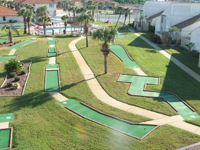 Horizon South Miniature Golf