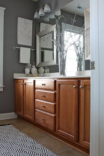 Grey walls sherwin williams gray shingle for the - Bathroom paint colors with oak cabinets ...