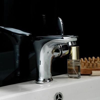 Chrome Finish Single Hole Mount Cold and Hot Bathroom Sink Faucet