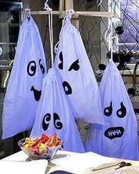 How to make Fun Trick Or Treat Bags out of pillowcases~