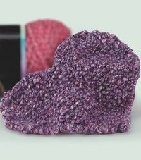 knit potholder (in the shape of a heart!)