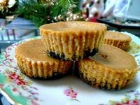 These Black Bottomed Pumpkin Cheesecakes are little bites of yum.