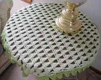 Mountain Peak Table Topper - free crochet pattern