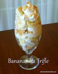 Joyful Homemaking: Banana & Vanilla Wafer Icecream Trifle