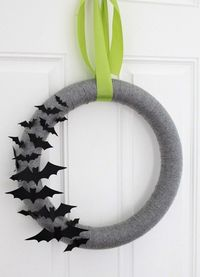 Bat wreath