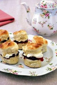 i miss clotted cream on scones!!!