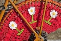 Crochet bicycle wheel guard. Jasbeschermer gehaakt!