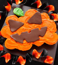 Scary Chocolate Jack O'Lantern Cup Cakes Recipe for Halloween