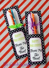 Free printable Halloween candy holder from