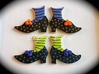 Halloween shoe cookies!