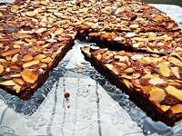Upside Sown Fudge Almond Tart by cherryonmysundae.blogspot.com. Recipe by cookinglight #Fudge Almond Tart #cherryonmysundae #cookinglight