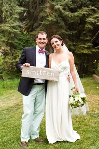 """""""Smitten"""" ~ really cute sign ;) Photography by inphotography.net"""