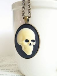 Skull Cameo Pendant Necklace - Fall Fashion - Halloween Jewelry - Gifts For Him