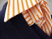 Orange and navy. From the blog.