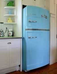 when I have my own home, I must have a vintage fridge.