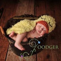 Fuzzy Duckling- Cuddle Critter Cape Set