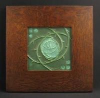 6x6 MACINTOSH ROSE TILE (CUCUMBER GREEN) IN MITERED OAK FRAME